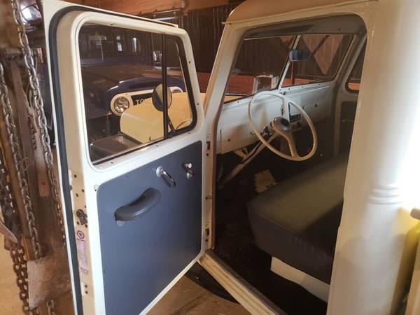 1953-truck-aubrey-tx3