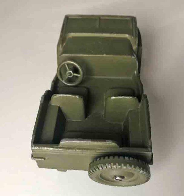 dale-model-jeep-david5