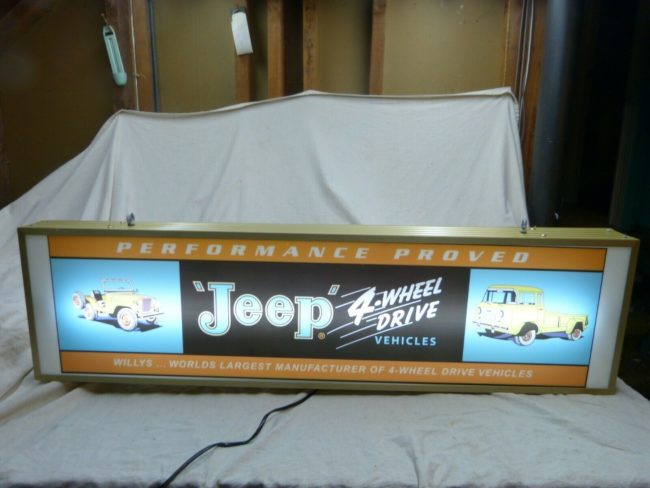 jeep-sign-lighted