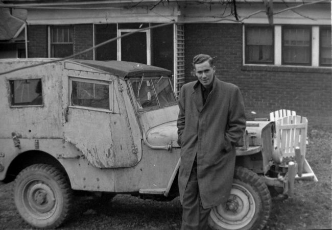 random-photo-year-wwii-soldier-jeep-odd-top
