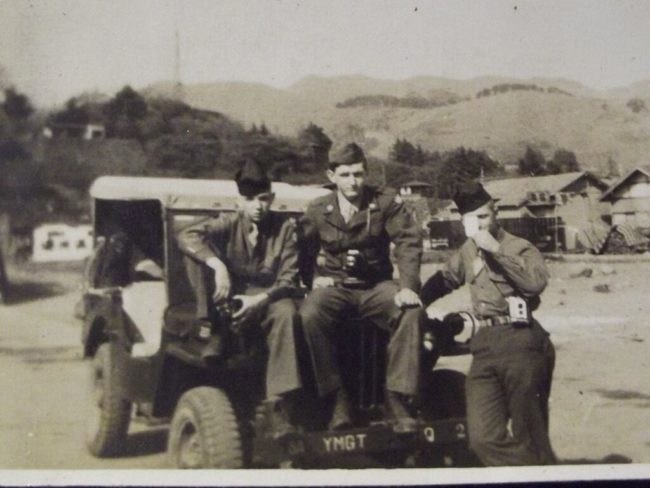 1947-photo-japan-soldiers-jeep
