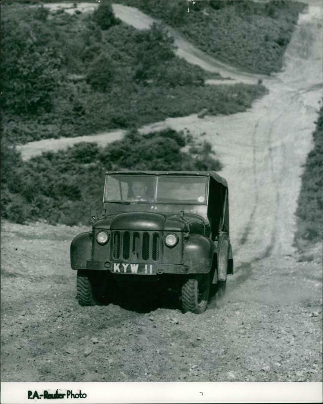1950-07-026-champ-test-passenger-front1
