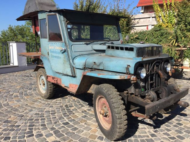 auto-traktor-budensee-museum-jeep-wood-burning1