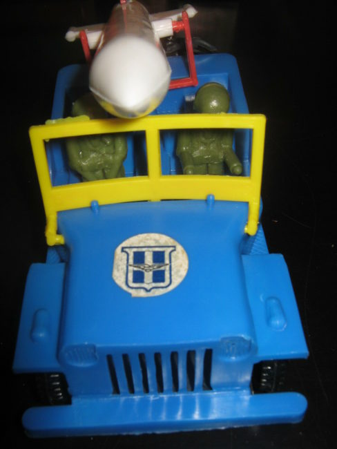 greek-jeep-toy-rocket-elvis01