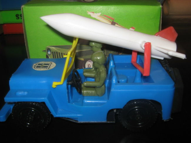 greek-jeep-toy-rocket-elvis02