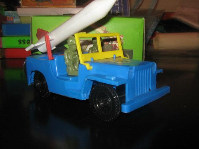 greek-jeep-toy-rocket-elvis3