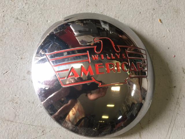 1941-willys-americar-hubcap
