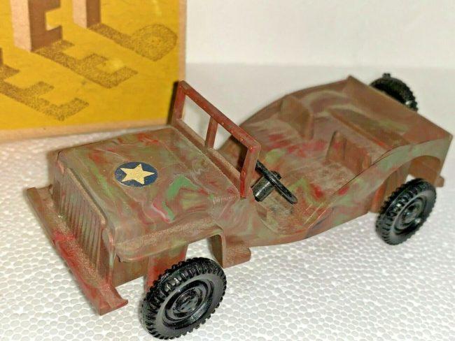 idea-plastic-jeep-with-box1