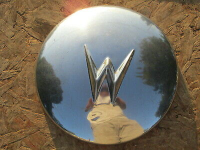 willys-aero-dj3a-hubcap