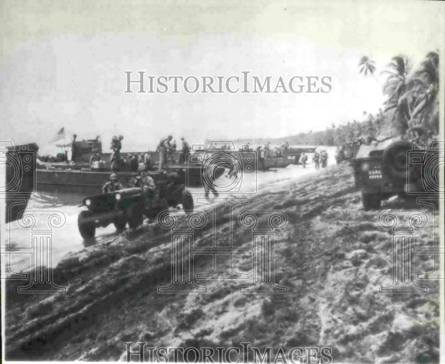1942-09-01-landing-marines1
