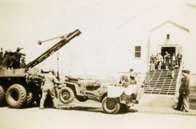 1943-04-24-just-married-getting-towed3