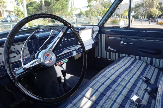 1965-wagoneer-icon-4x4b