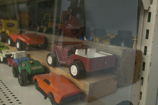 2013-5-11-jeeps-on-shelves-8