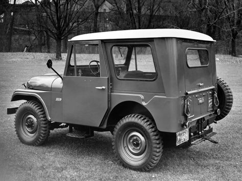 cj5-koenig-hardtop-small-rear-window