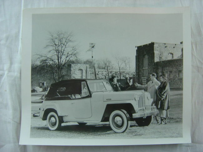 1948-photo-jeepster