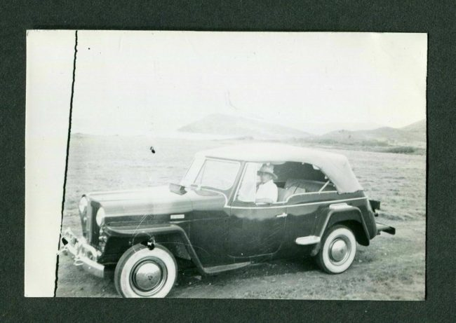 1950-jeepster-bw-photo