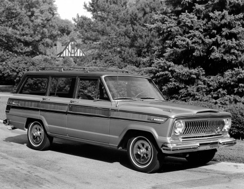 1966-super-wagoneer-jeep