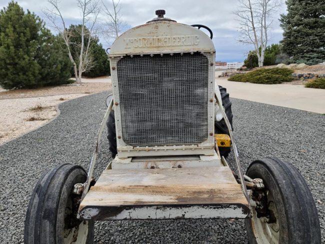 1947-empire-tractor-brighton-co3