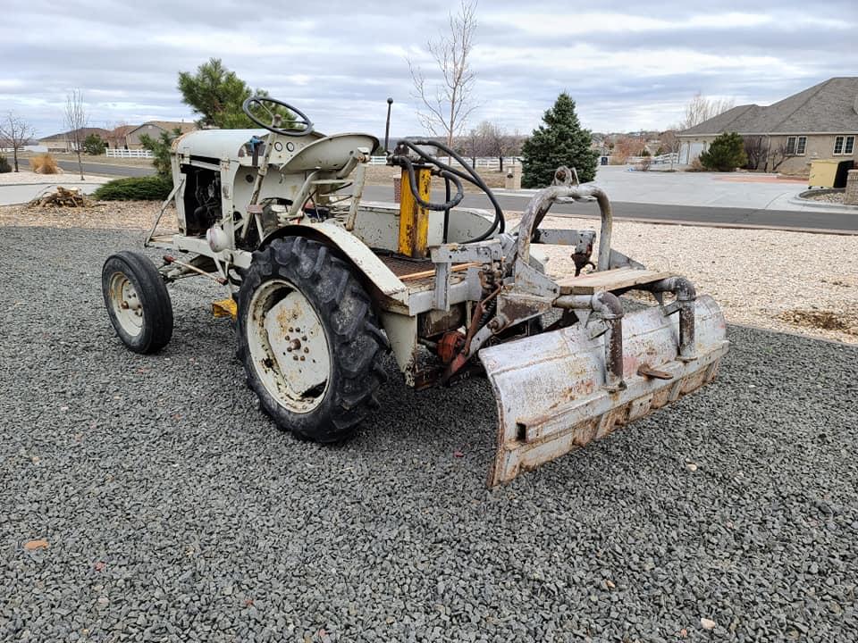 1947-empire-tractor-brighton-co7
