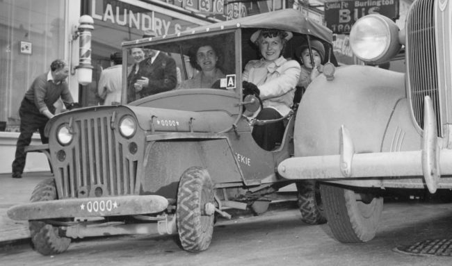 1942-jeep-squeekie-oakland-ca