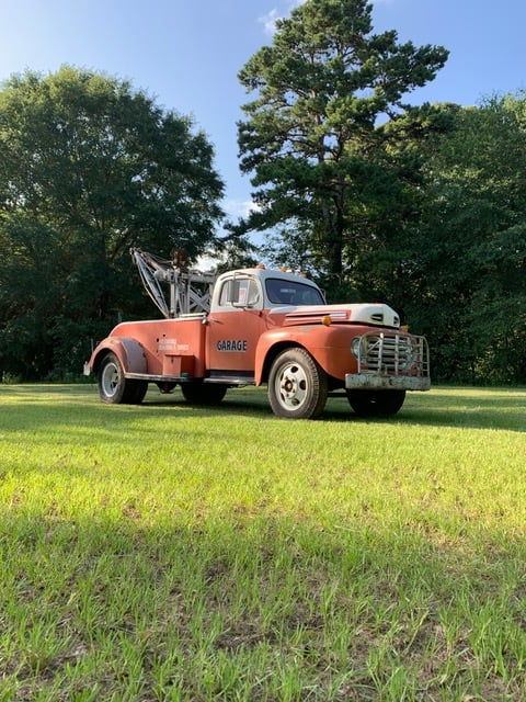 1948-ford-tow-truck-tx0