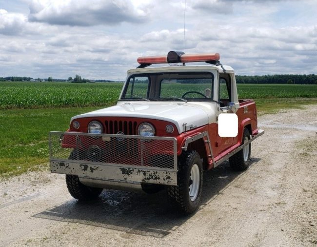 1967-jeepster-commando-fire-jeep-rockford-oh1