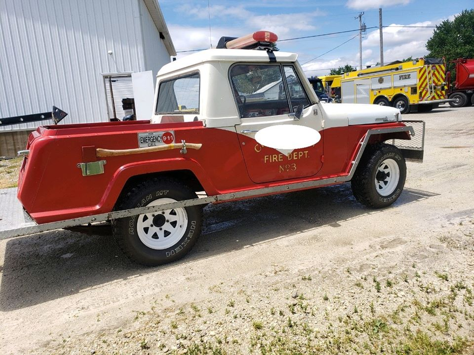 1967-jeepster-commando-fire-jeep-rockford-oh3