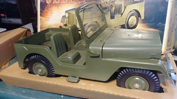 m38a1-marx-buddy-jeep-box2