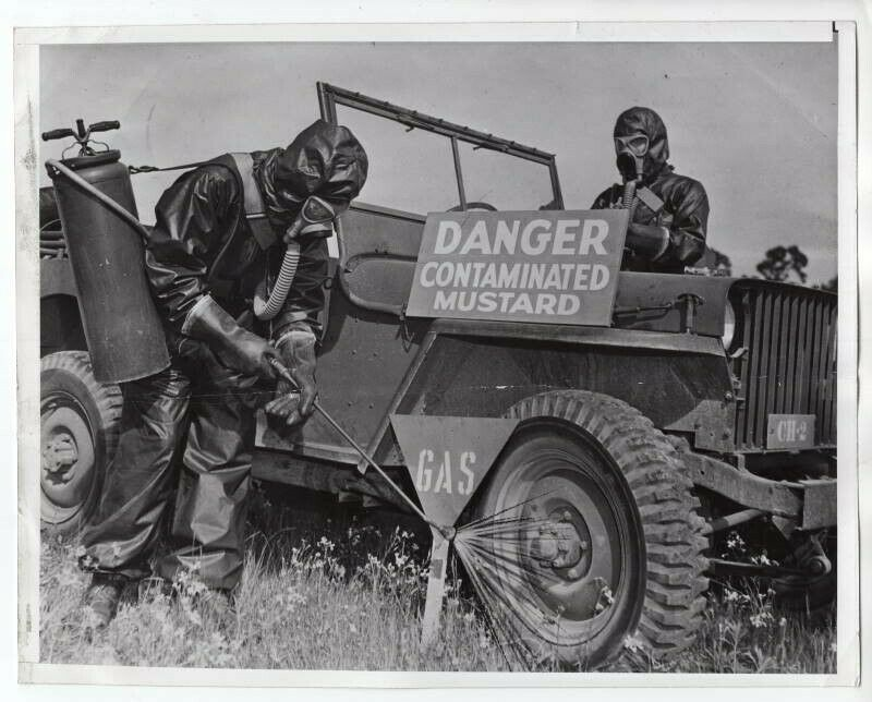 1942-03-19-chemical-warfare1