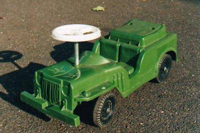 andy-gard-green-jeep-rideon-toy