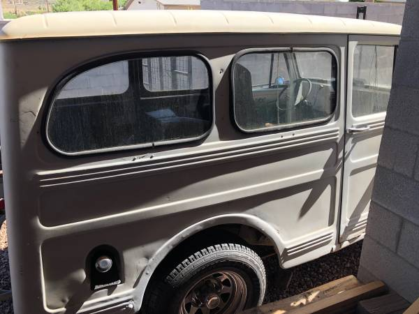 year-wagon-parkway-superior-az3