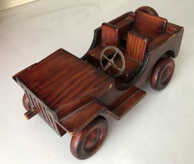 1945-05-joe-wood-jeep-carved4-lores