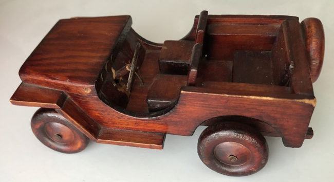 1945-05-joe-wood-jeep-carved5-lores