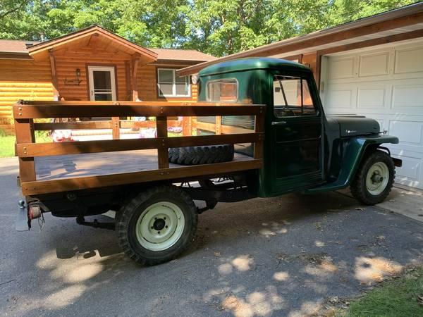 1953-truck-emily-mn1