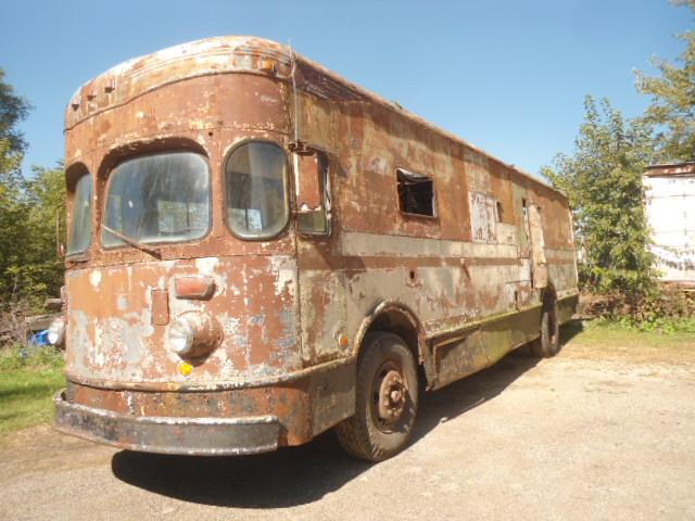 1958-fageol-mobile-postal-van3