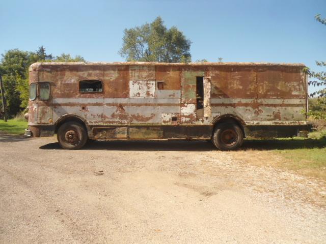 1958-fageol-mobile-postal-van5