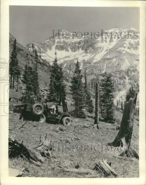 1966-12-30-tour-jeep1
