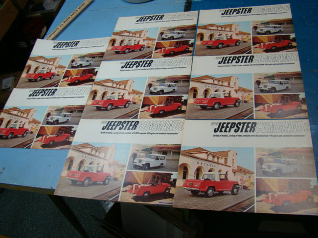 1966-jeepster-commando-brochures