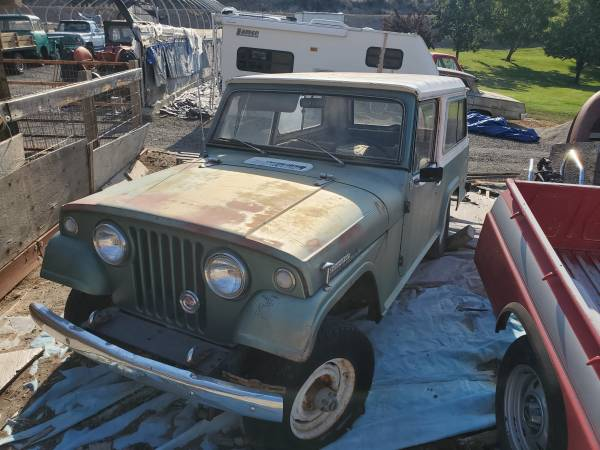 1967-jeepster-commando-bodies-parts1