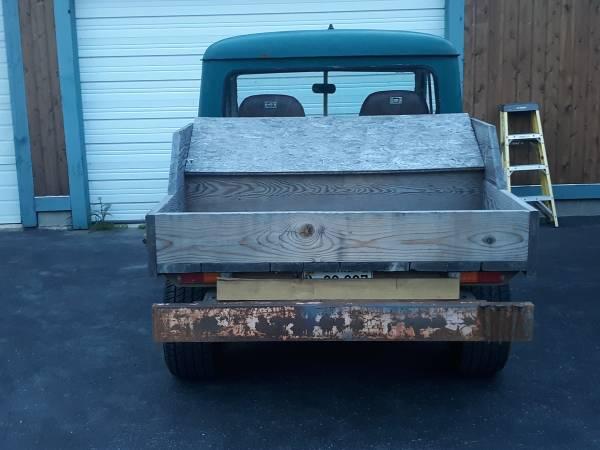 1975-truck-jeeprod-me3