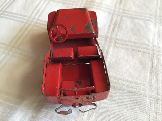 tin-toy-jeep-6