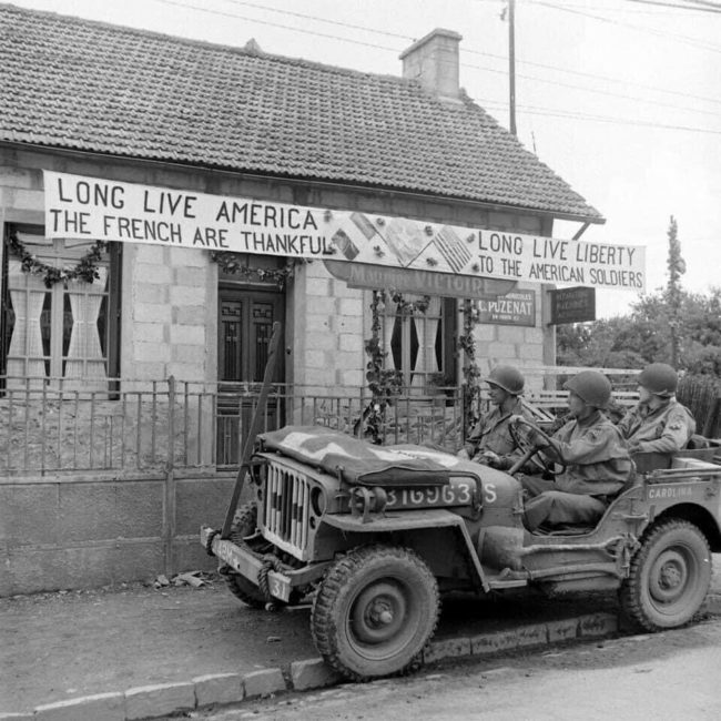 year-medic-jeep-france