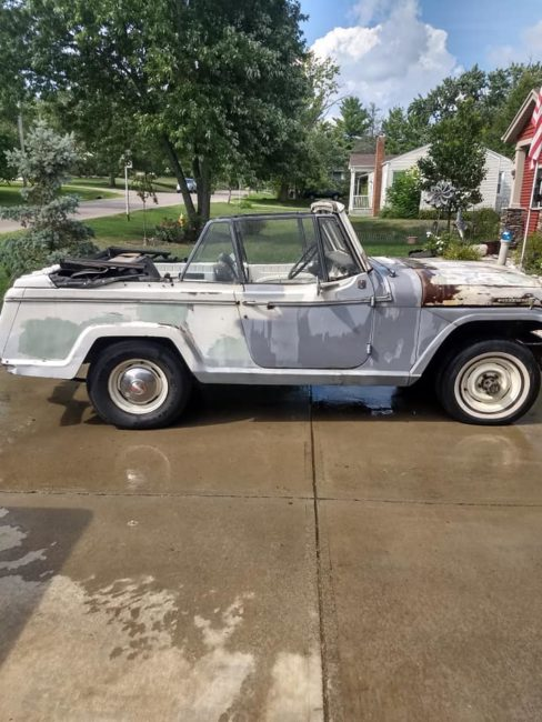 1967-jeepster-convertible-hamilton-oh1