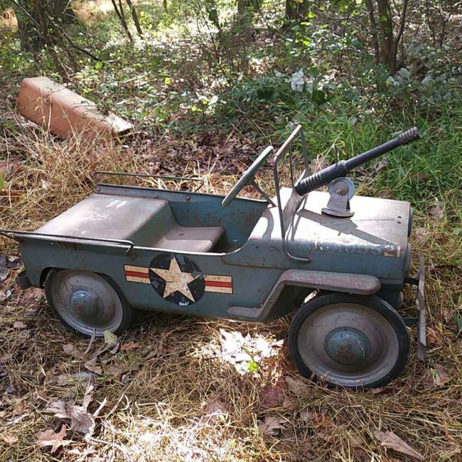 hamilton-air-force-pedal-jeep-with-gun