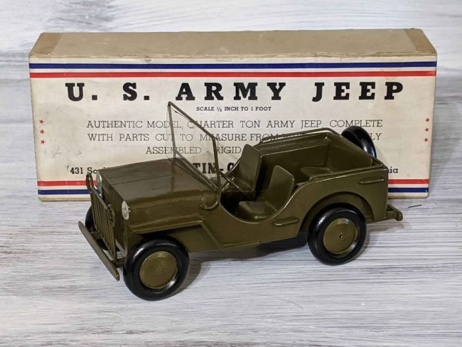 1940s-army-jeep-model-goodyear-az04