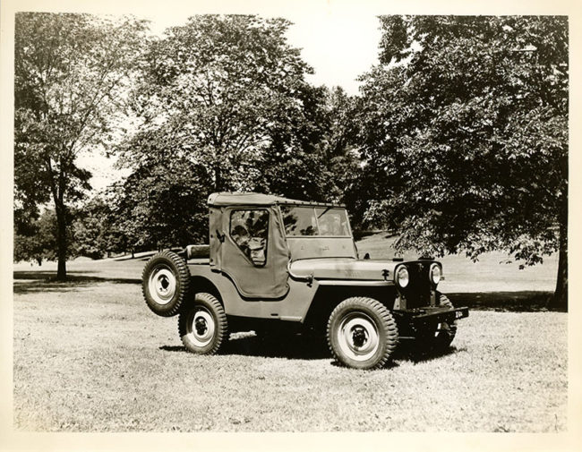 1945-07-willys-overland-press-kit-photo11-lores