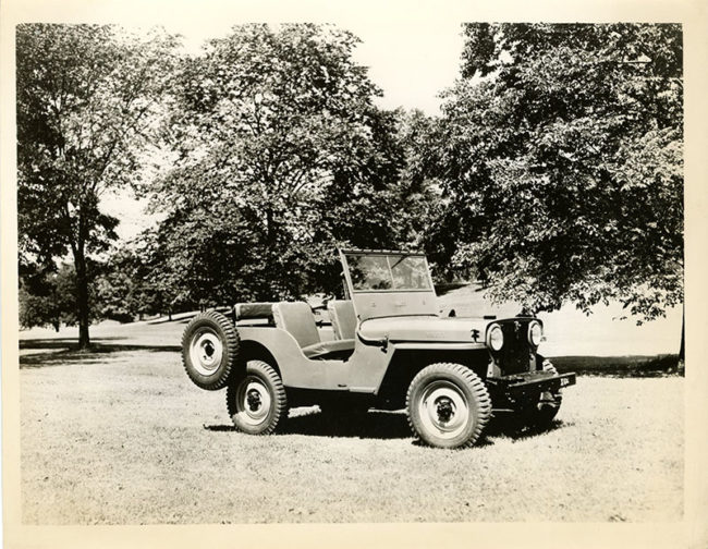 1945-07-willys-overland-press-kit-photo13-lores