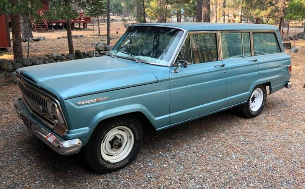 1969-jeep-wagoneer-barnfinds