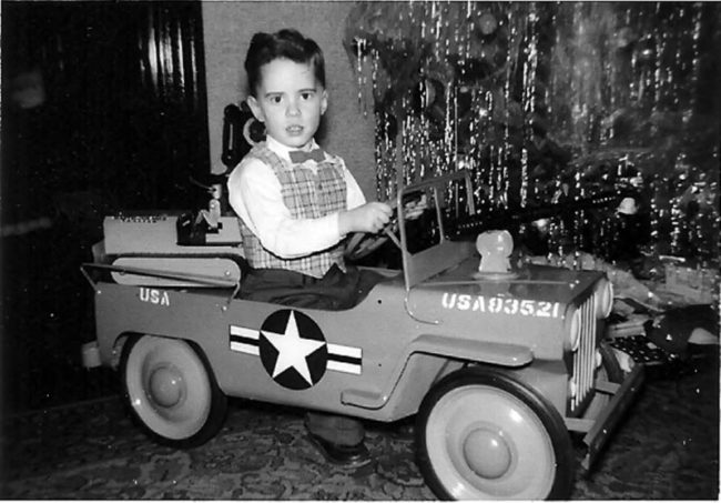 child-christmas-hamilton-pedal-jeep-photo