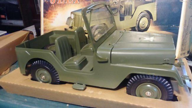 marx-plastic-jeep-m38a1-2